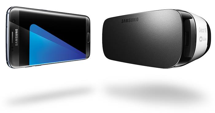 Galaxy S7 Edge with a Gear VR